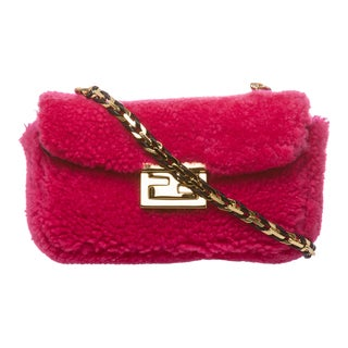 Fendi 'Be' Fuchsia Textured Mini Baguette Bag