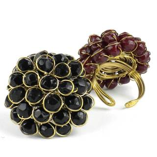 Handmade Black Chrysanthemum Ring (India)
