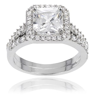 Journee Collection Brass Cushion-cut Cubic Zirconia Bridal-style Ring Set