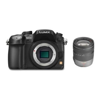 Panasonic Lumix DMC-GH3 Mirrorless Micro 4/3 Camera with 14-140mm Lens