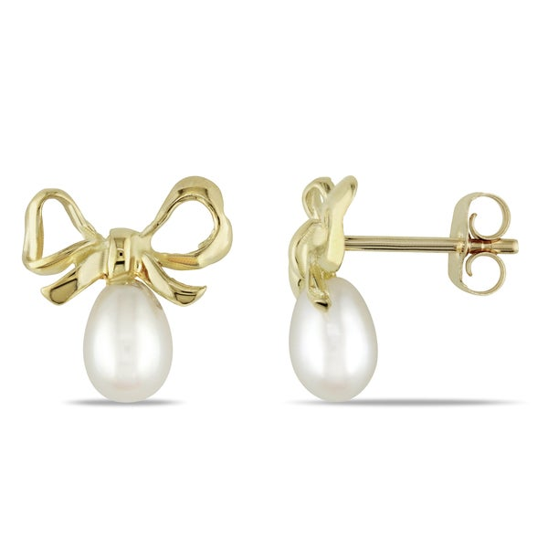 Miadora 10k Yellow Gold White Cultured Freshwater Pearl Bow Earrings (4.5-5 mm)
