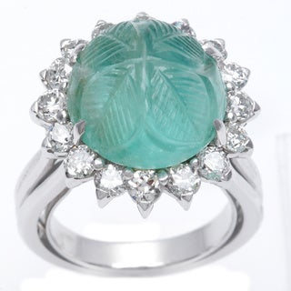 18K White Gold 1ct TDW Carved Emerald Cocktail Ring (F-G, VS1-VS2)
