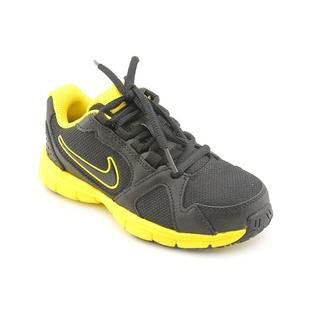 Nike Boy (Youth) 'Endurance Trainer (GS/PS)' Black-and-Yellow Mesh Athletic Shoe