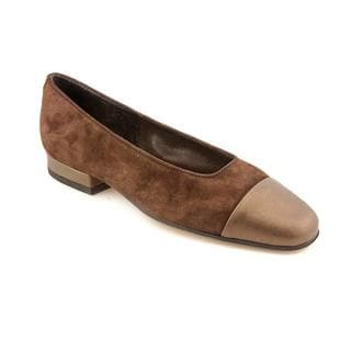 Vaneli Women's 'Frankie' Regular Suede Dress Shoes