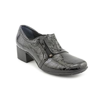Elites by Walking Cradles Women's 'Madison' Patent Leather Casual Shoes - Narrow (Size 9 )