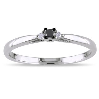 Miadora Sterling Silver Black and White Diamond Promise Ring