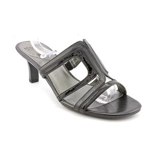 Mootsies Tootsies Women's 'Shireen' Basic Textile Sandals (Size 8 )