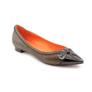 Via Spiga Women's 'Dottie' Leather Casual Pointed-Toe Shoes