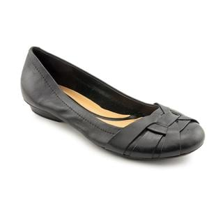 Naturalizer Women's 'Maude' Leather Flat Casual Shoes