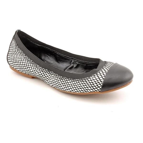 Jessica Simpson Women's 'Madisen' Leather Casual Shoes (Size 6.5 )