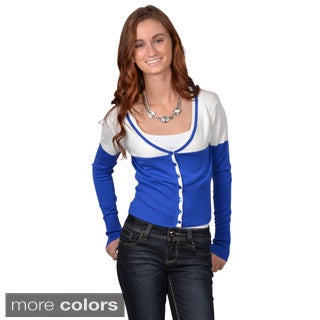 Journee Collection Junior's Two-tone Cropped Button-up Sweater