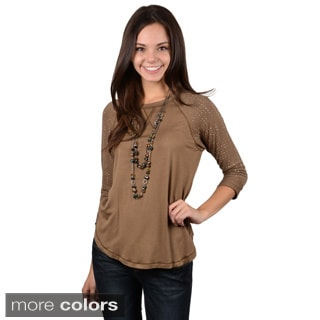 Journee Collection Junior's Three-quarter Sleeve Stud Detail Top