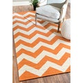 nuLOOM Handmade Flatweave Chevron Orange Wool Rug (7'6 x 9'6)