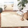 Safavieh Indoor/ Outdoor Courtyard Beige/ Sweet Pea Area Rug (4' x 5'7)