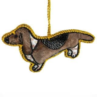 Handmade Basset Hound Velvet Ornament (India)