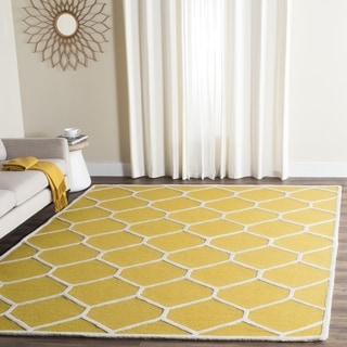 Safavieh Handmade Moroccan Cambridge Collection Gold/ Ivory Wool Rug (6' Square)