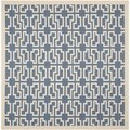 Safavieh Indoor/Outdoor Courtyard Blue/Beige Geometric Rug (7'10 Square)