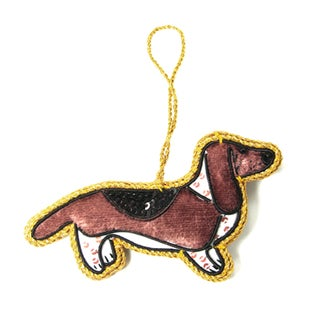Handcrafted Basset Hound Ornament (India)