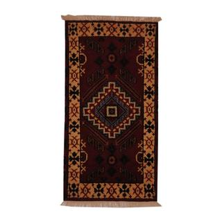 Indo Hand-knotted Kazak Geometric 2'2 x 4' RedWool Area Rug (India)