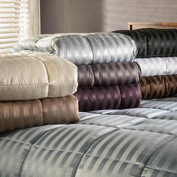 Superior All-Season Luxurious Striped Down Alternative Comforter (As Is Item)