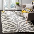 Safavieh Handmade Moroccan Cambridge Ivory/ Dark Grey Wool Rug (4' x 6')