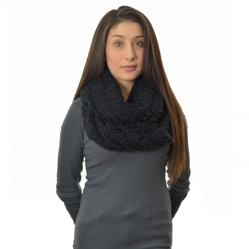 LA77 Cozy Fleece Infinity Scarf