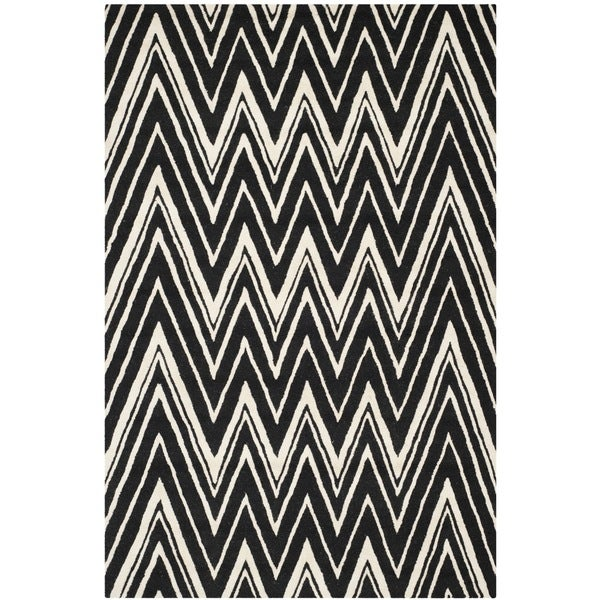Safavieh Handmade Moroccan Cambridge Wave Pattern Black/ Ivory Wool Rug (5' x 8')