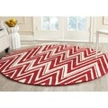 Safavieh Handmade Moroccan Cambridge Red/ Ivory Wool Rug (6' Round)