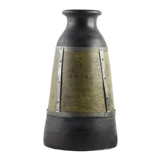 Hand-thrown Terracotta Decorative Pot (India)