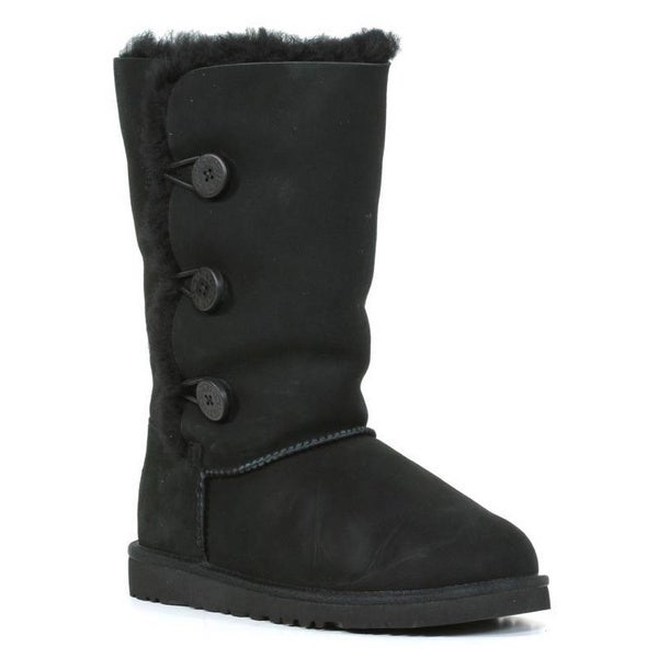 black uggs bailey button