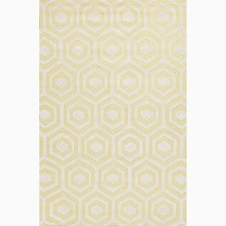 Handmade Yellow/ Ivory Wool Te x tured Rug (5 x 8)