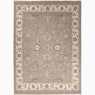 Hand-Made Oriental Pattern Gray/ Ivory Wool Rug (4x6)