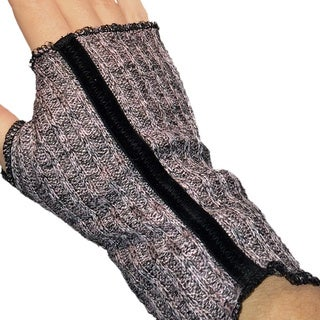 Dusty Pink and Black Knit Fingerless Gloves