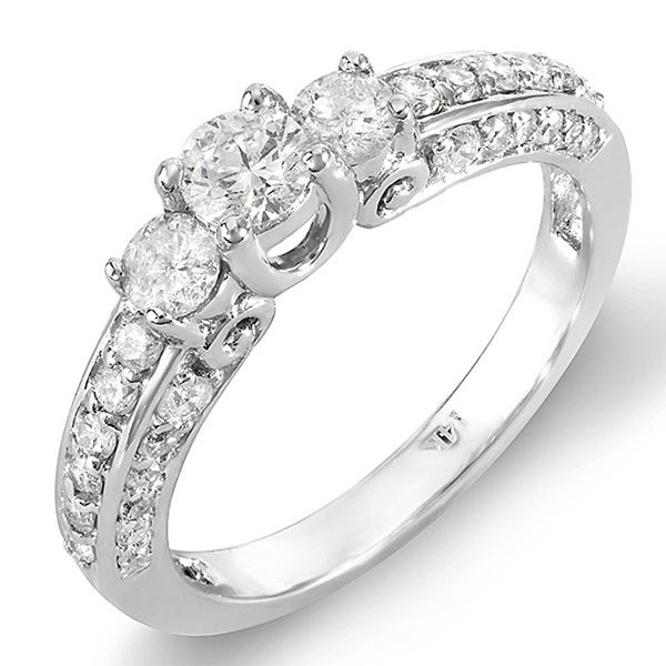 14k White Gold 7/8ct TDW 3-Stone Diamond Ring