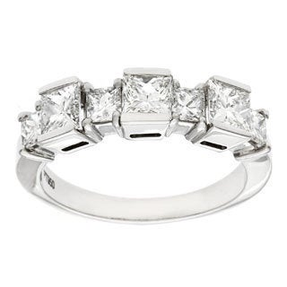 Diamonds For A Cure Platinum Handmade Diamond Ring (H-I, VVS1-VVS2)