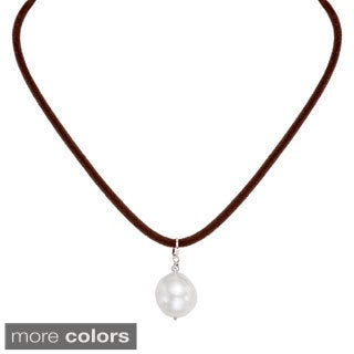 Pearlyta 14k Thin Velvet Necklace with White Souffle Pearl (16-20 mm)