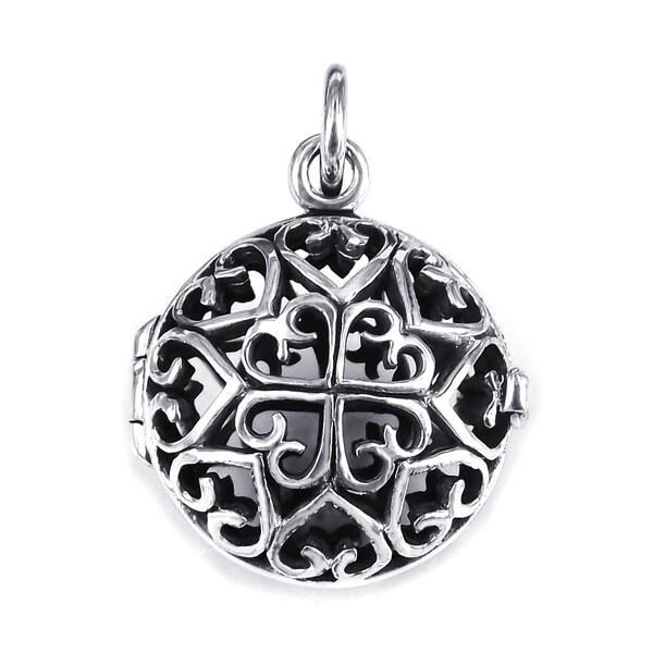 Handmade Interconnecting Hearts Round Locket .925 Silver Pendant (Thailand) 12110954