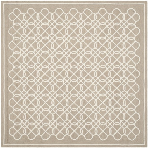 Safavieh Hand-hooked Chelsea Tan/ Ivory Wool Rug (6' Square)