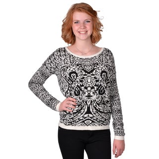 Journee Collection Junior's Two-tone Printed Sweater