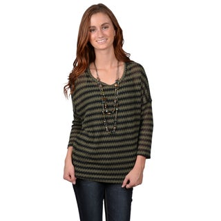 Journee Collection Junior's Three-quarter Sleeve Striped Sweater