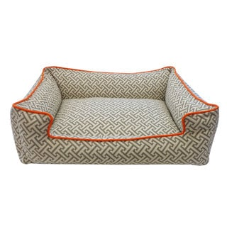 Jiti Grey and Orange Maze Chill Pet Bed