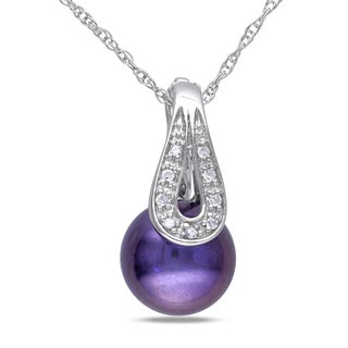 Miadora 10k White Gold Black Pearl and Diamond Accent Necklace (9-10 mm)