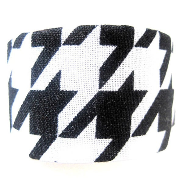 Crawford Corner Shop Black and White Houndstooth Ponytail Hair Clip