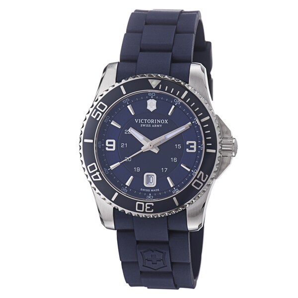 Victorinox Swiss Army Men's 'Maverick' Blue Dial Blue Rubber Strap Quartz Watch