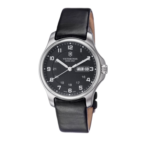 Swiss Army Men's 'Officers' Black Dial Black Leather Strap Watch