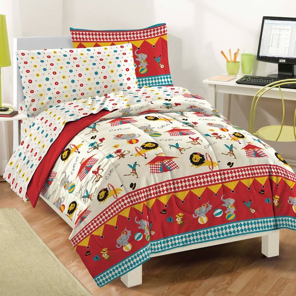 Circus 7-piece Bed in a Bag with Sheet Set