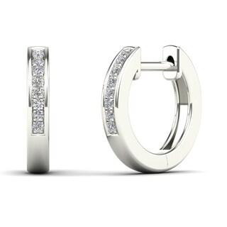10k White Gold Children's Diamond Accent Classic Hoop Earrings (H-I, I1-I2)