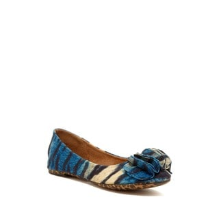 Nicole Simpson Women's Blue Animal Print Ballet Flats