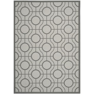Safavieh Indoor/ Outdoor Courtyard Light Gray/ Anthracite Polypropylene Rug (6'7 x 9'6)