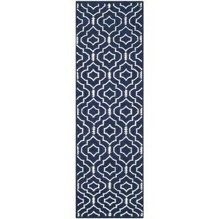 Safavieh Handwoven Moroccan Dhurries Contemporary Navy/ Ivory Wool Rug (2'6 x 8')